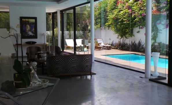Vente villa vente quartier oasis casablanca for Fenetre sur cour casablanca