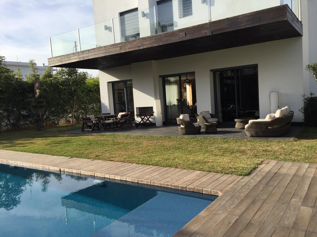 Villa location longchamp immobilier casablanca for Piscine longchamps